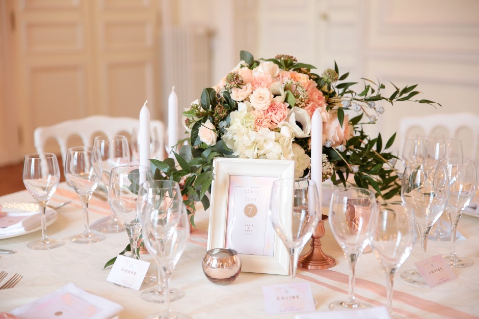 decoration table mariage rose poudre